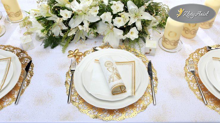 Jak Udekorowac Stol Komunijny Zobacz Przyklady Sklep Zlotyaniol Pl First Communion Party Communion Party First Communion Gifts