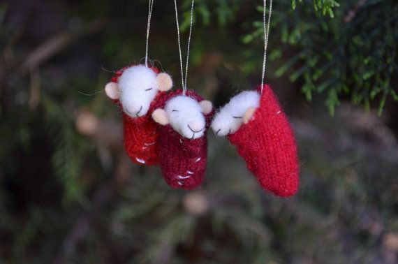 Hey, I found this really awesome Etsy listing at https://www.etsy.com/uk/listing/254564807/christmas-set-of-3-tiny-nursery-mouse