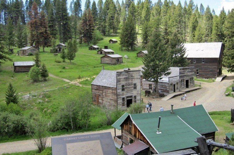 Haunted Ghost Town Seeking Paid Residents this Summer