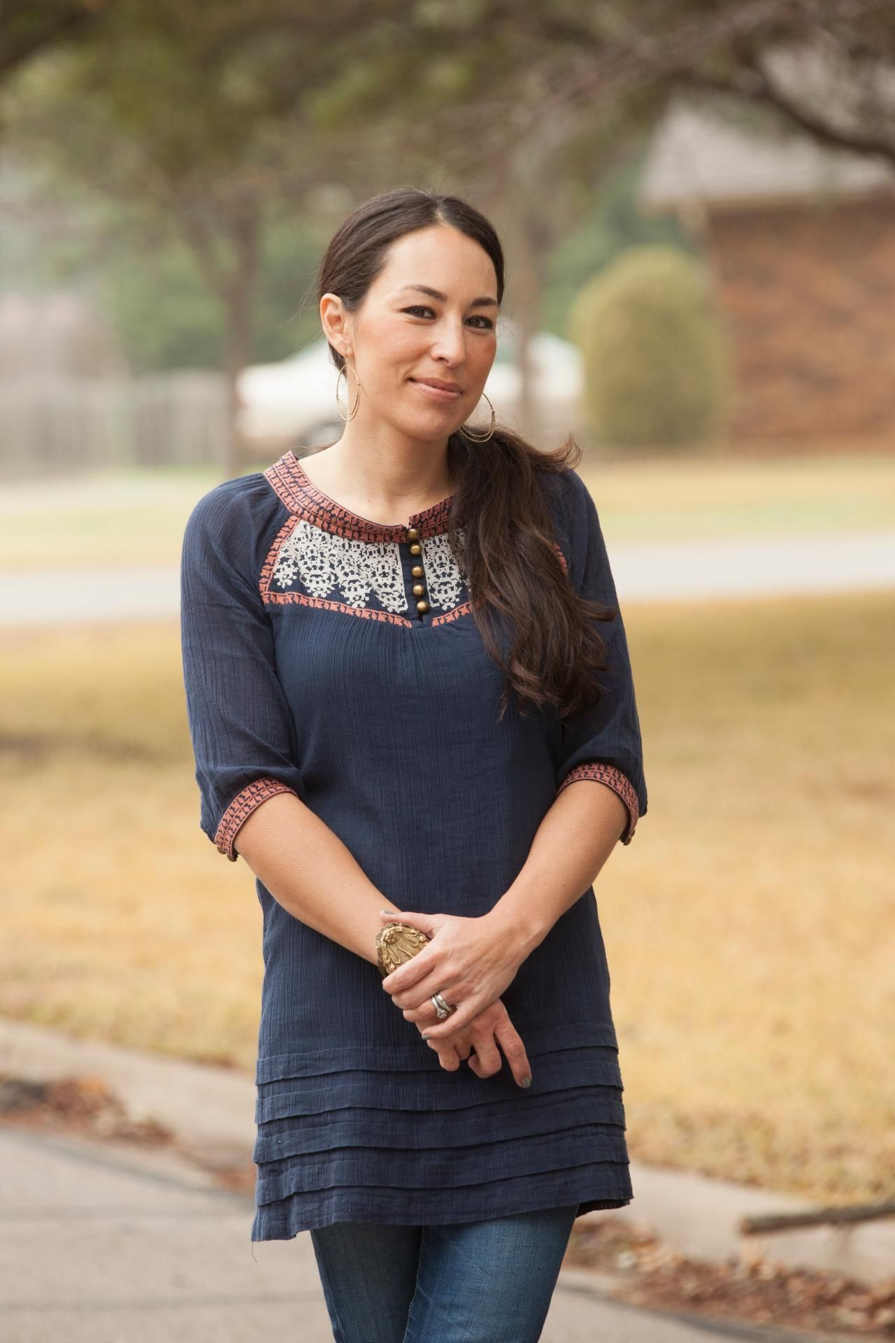 Joanna Gaines Bio Joanna Gaines Fixer Upper Hosts And
