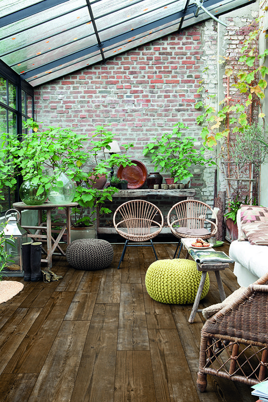 How Choose The Ideal Living Room Floor Outdoor Rooms