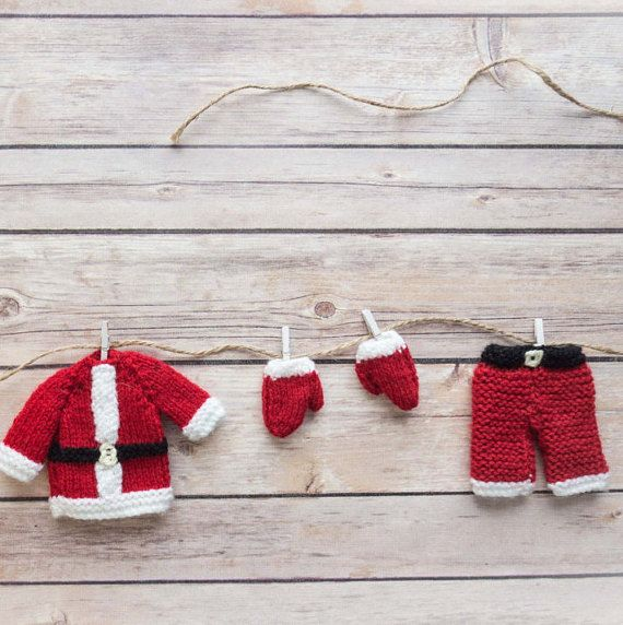 Knitted Santa washing line - Elf on the shelf trick - Santa's washing line - Father Christmas' clothes line - Santa washing line garland