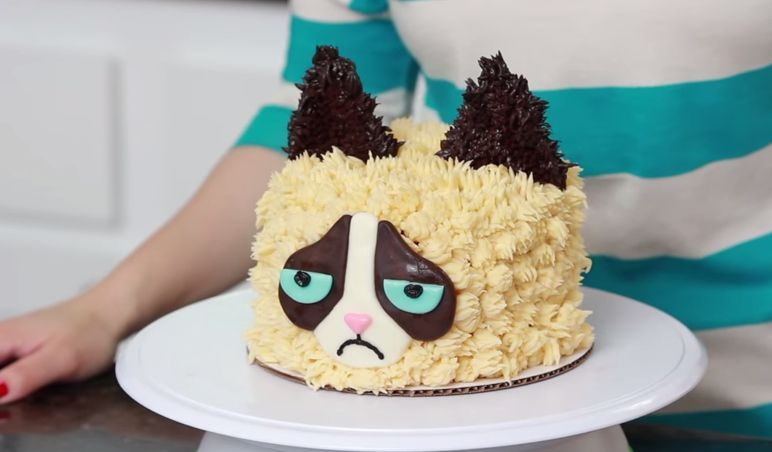 It Looks Grumpy But How Does It Taste Grumpy Cat Cakes