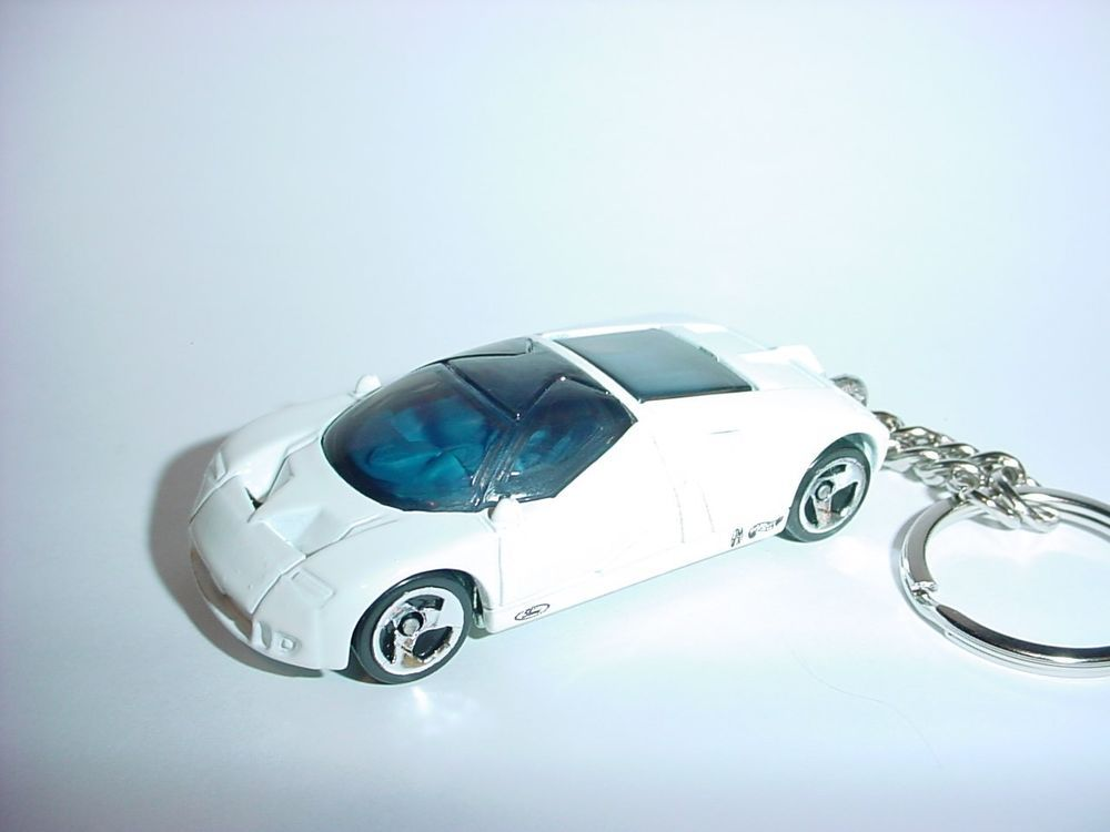 New D White Ford Gt  Custom Keychain Keyring Key Gt Race Finish Speed Concept
