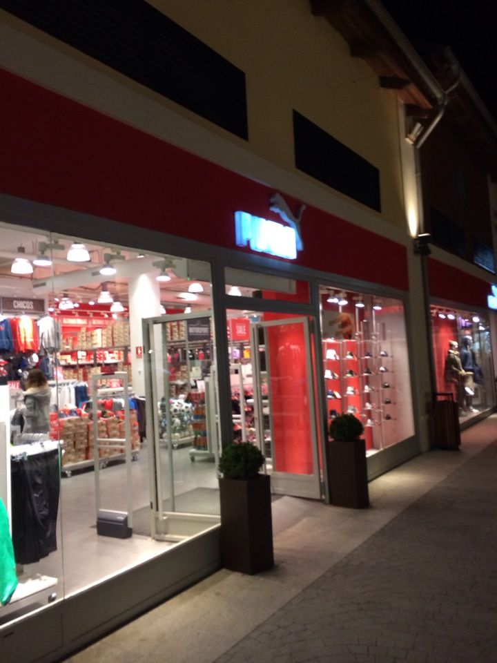 The puma outlet factory outlet center bonaire valencia - Fontaneros valencia ...