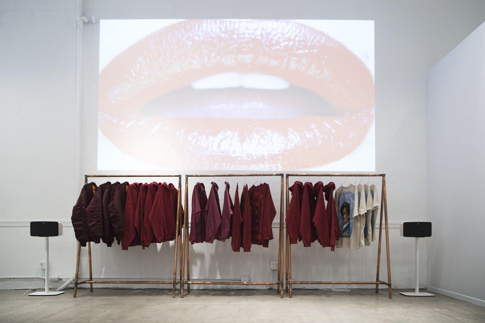 Kanye West Devotees Invade Soho Nyc For The Life Of Pablo Pop Up Shop Retail Space Design Pop Up Pop Up Shop