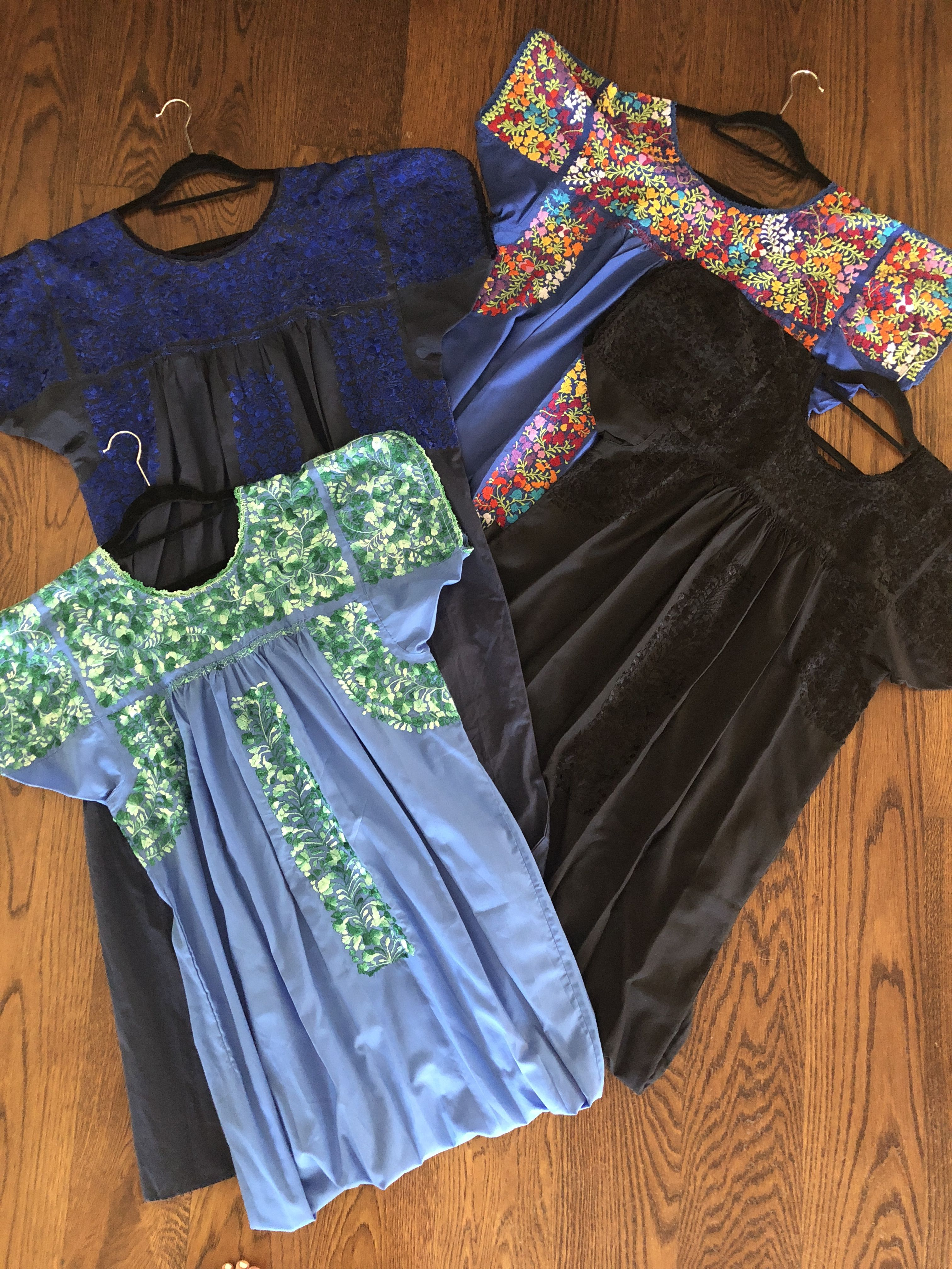 options for xl they are all long dresses that can be shortened