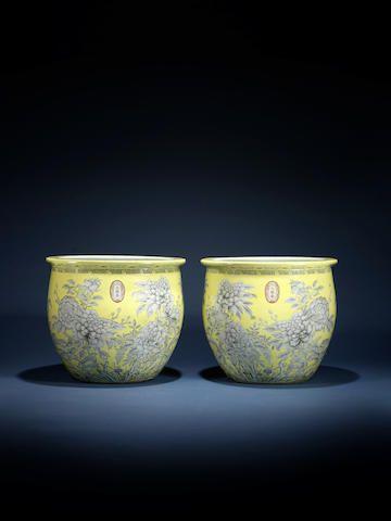 A Rare And Massive Pair Of Yellow Ground Da Ya Zhai Fishbowls Dayazhai Three Character Marks Guangxu Sold By Bonham S London Rosemary S Ceramica Porcellana