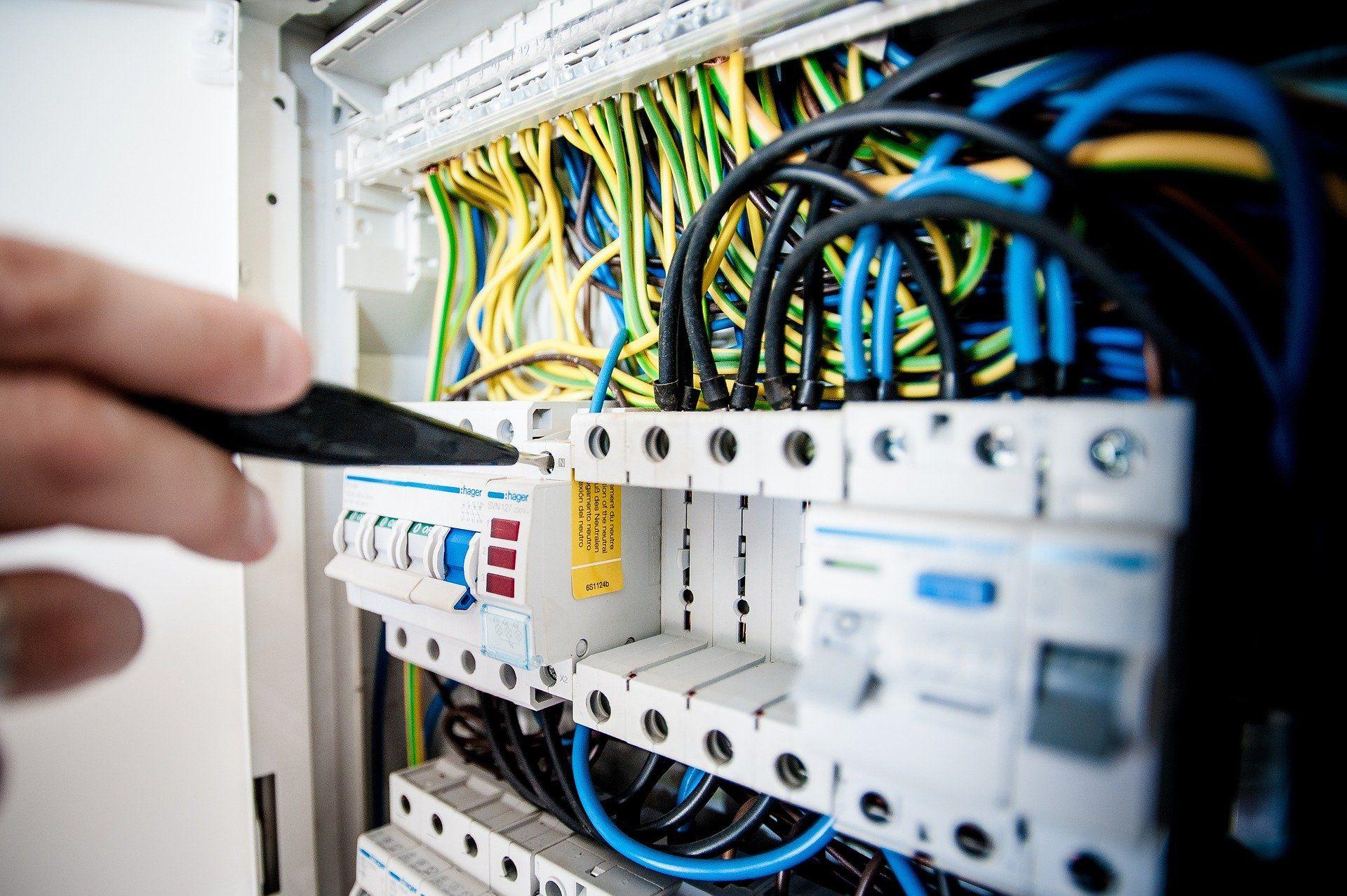 La Cnil Epingle Les Compteurs Linky Pour Non Respect De La Rgpd Electrical Engineering Electricity Power Engineering
