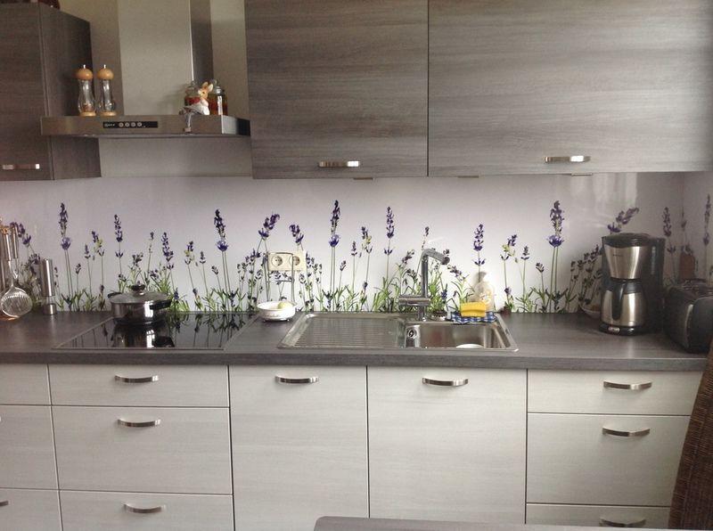 Kuchenruckwand Lavendel Glasruckwand Kuche Wohnung Kuche Wand