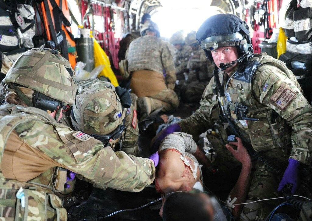 MERT in action. Combat medic, Military special forces