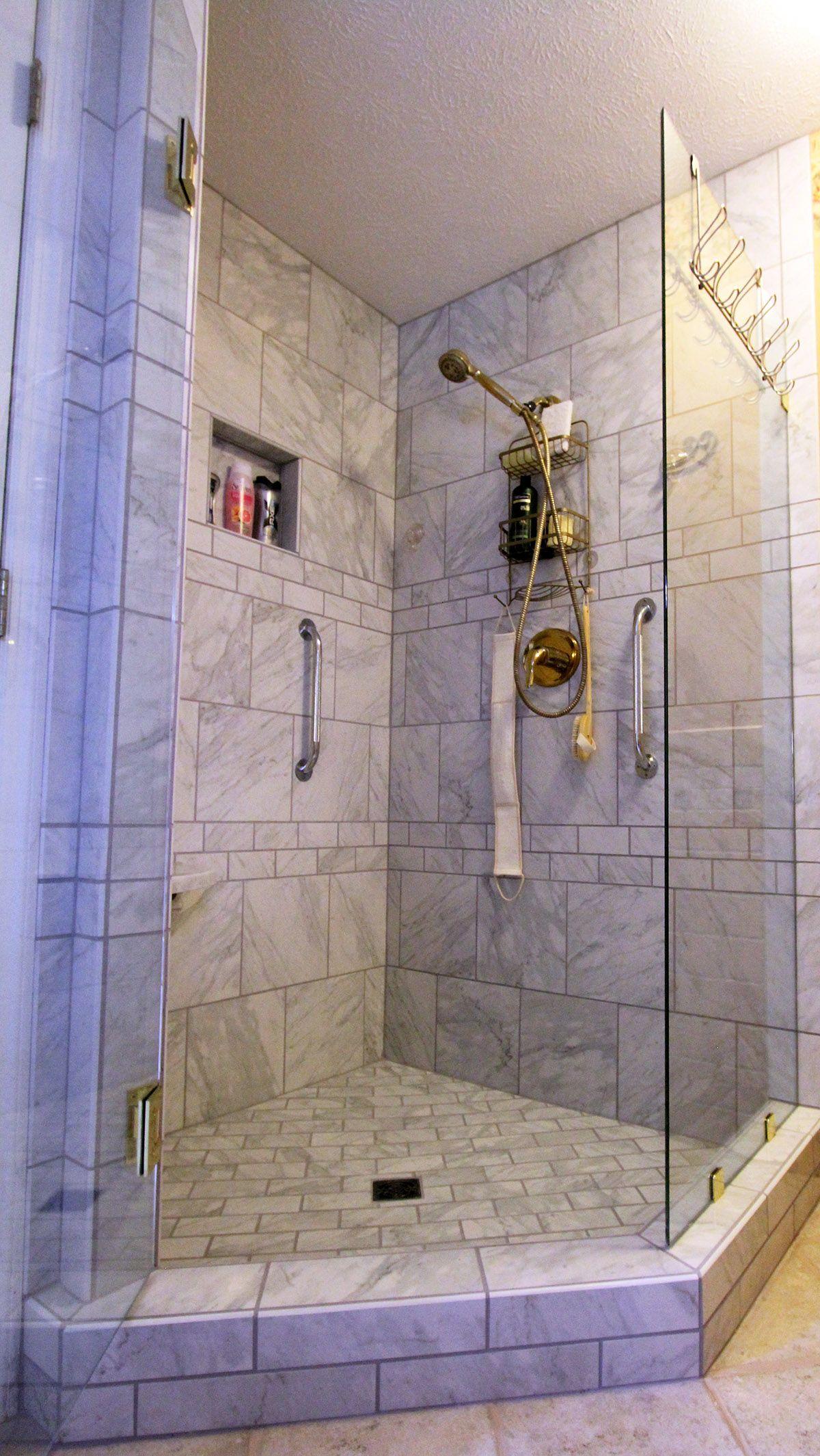 Ventanio 12x12 And 3x6 Tile Shower Carpet Flooring Best Flooring Flooring
