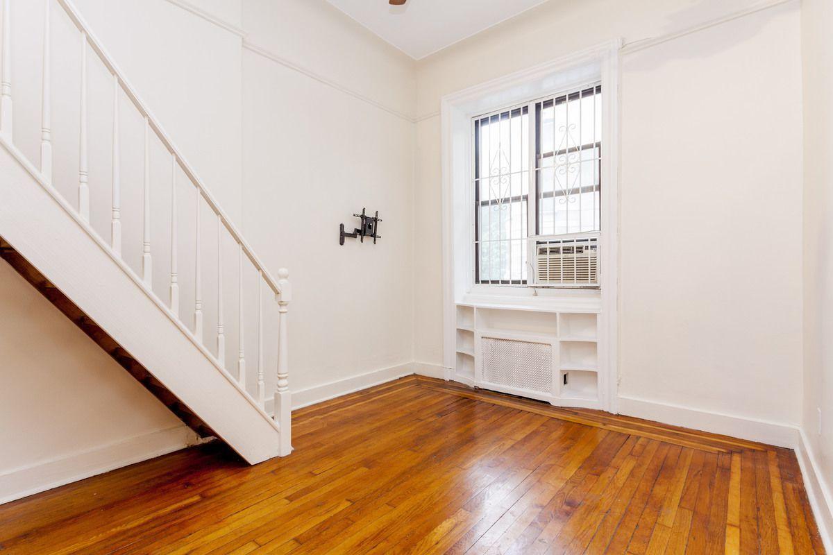 Idea by Lauren Cutlip on home office. | New york city ...