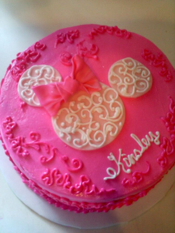 minnie mouse cake no fondant Minnie Mouse cake Birthday Cakes