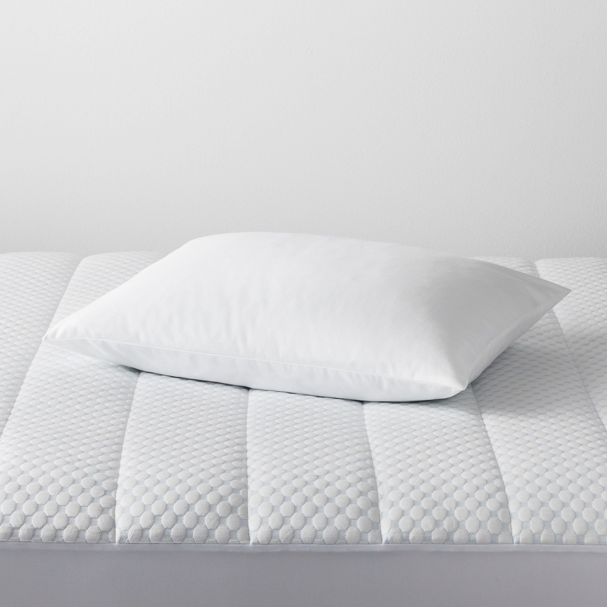 Made By Design Memory Foam Bed Pillow Standard White Made By