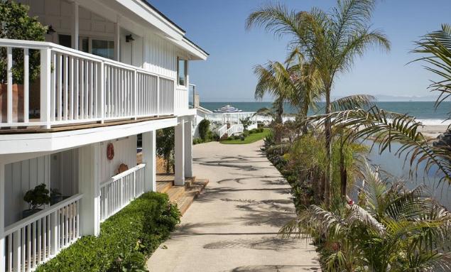 Photos From Mila Kunis and Ashton Kutcher's Beach Home ...