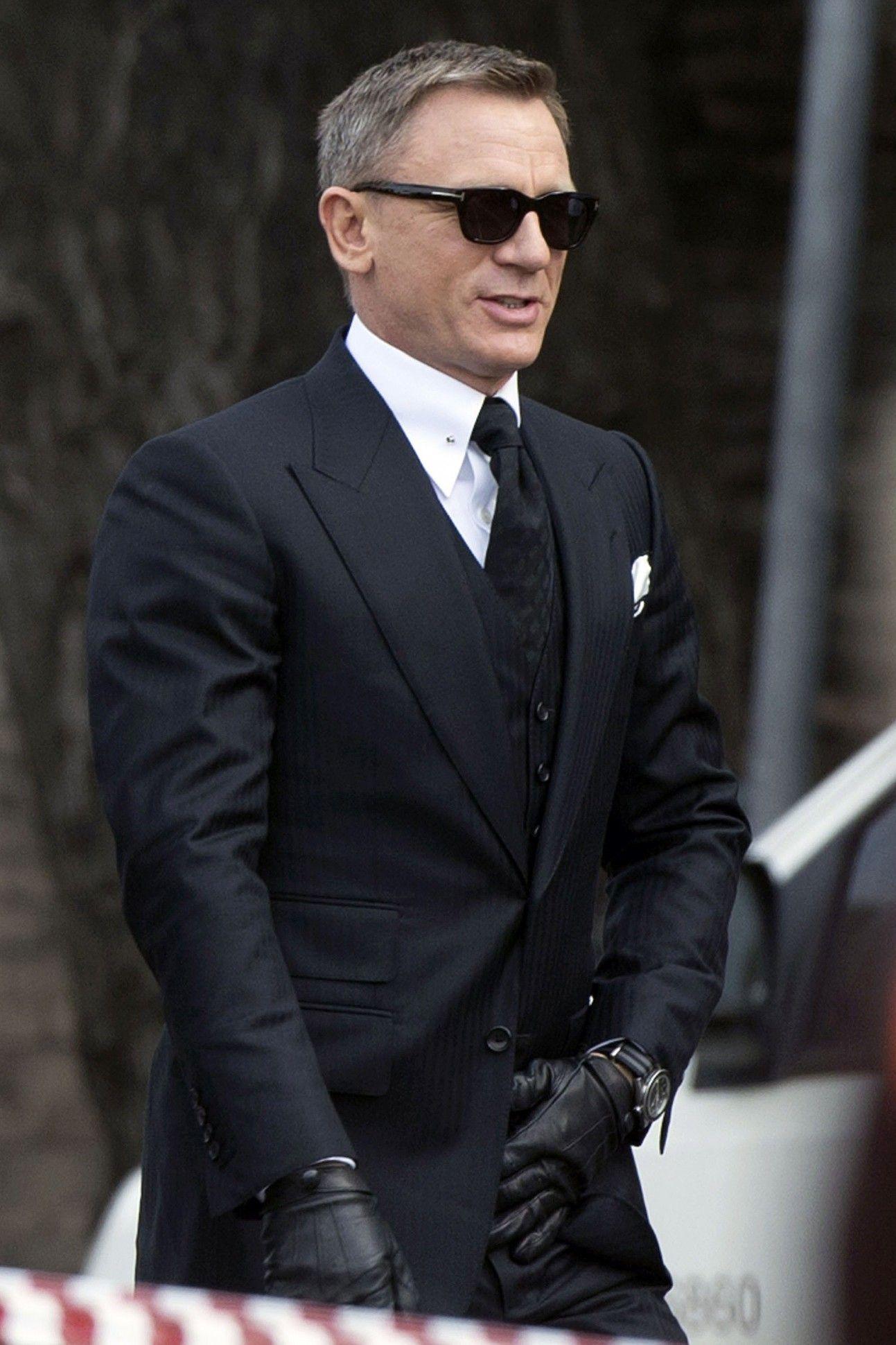 Beliebt Bevorzugt Spectre' Style Roundup: Is James Bond Still Dressed to Kill &ZJ_53