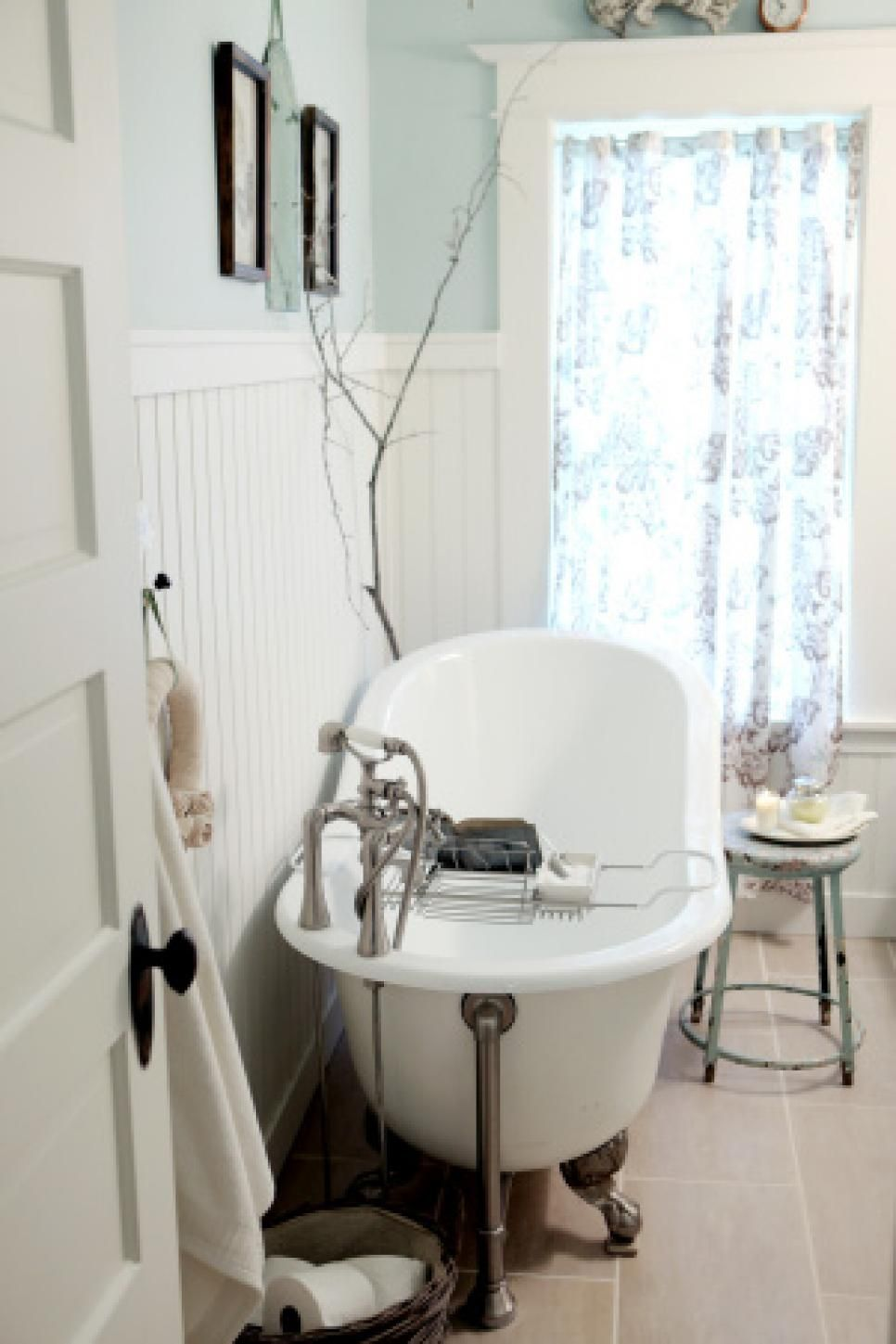 Budget Bathroom Remodels  Remodeling Ideas Hgtv And Budget Mesmerizing Updating A Small Bathroom On A Budget Design Inspiration