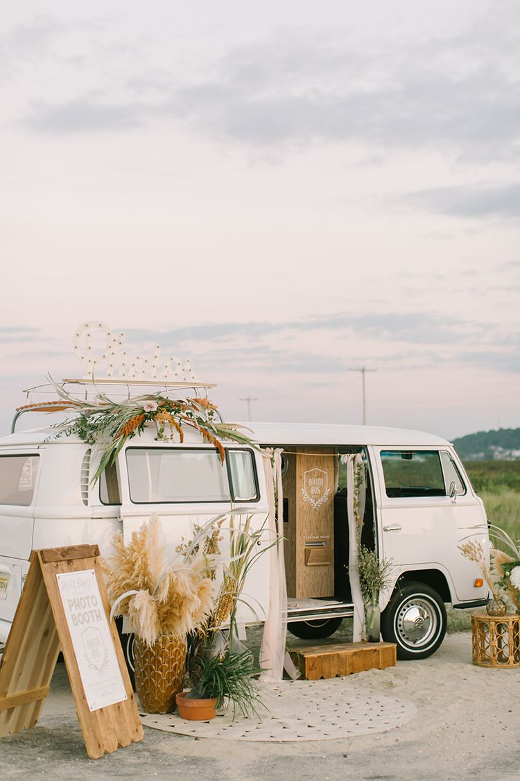 September Sunsets Wedding Inspiration with a VW Bus   Vw bus, Photo ...