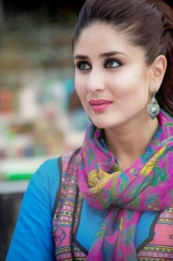 Zarah Visit Us At Https Www Facebook Com Zarahclothing Kareena Kapoor Kareena Kapoor Images Kareena Kapoor Khan