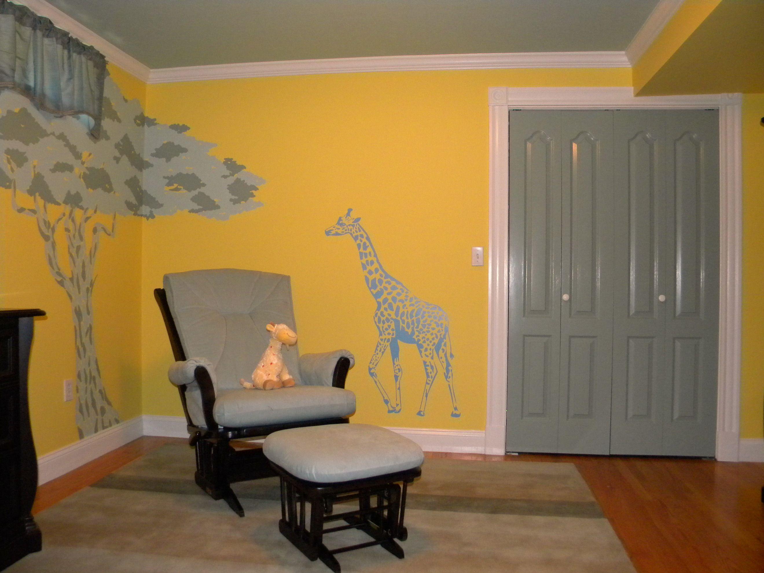 Giraffe themed nursery, I would do the walls a cream color though ...