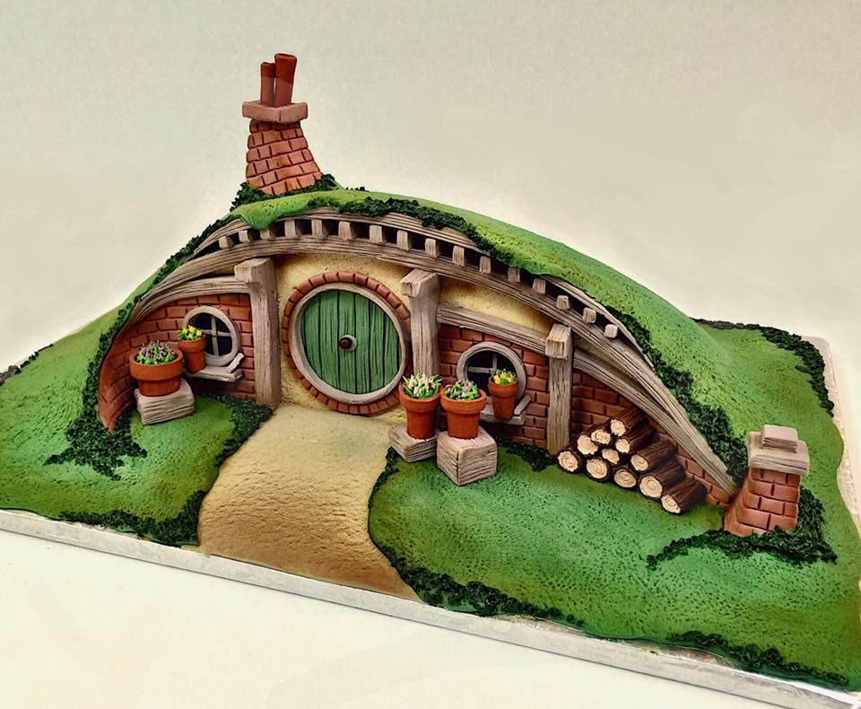 Mike's Amazing Cakes   Hobbit cake, The hobbit, Themed ...