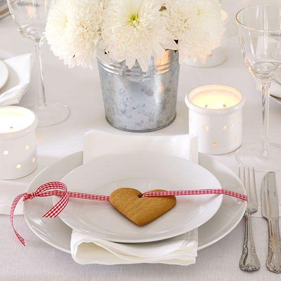 Baked Christmas plate decorations | housetohome.co.uk