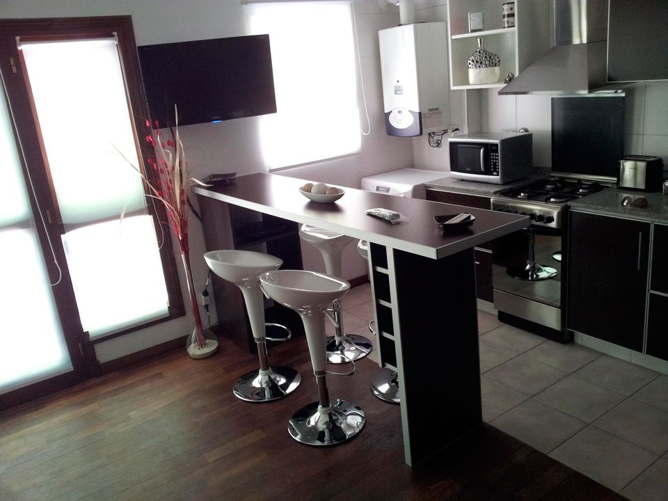 Desayunadores y barras remodelamos tu cocina hogar for Desayunadores para cocinas pequenas