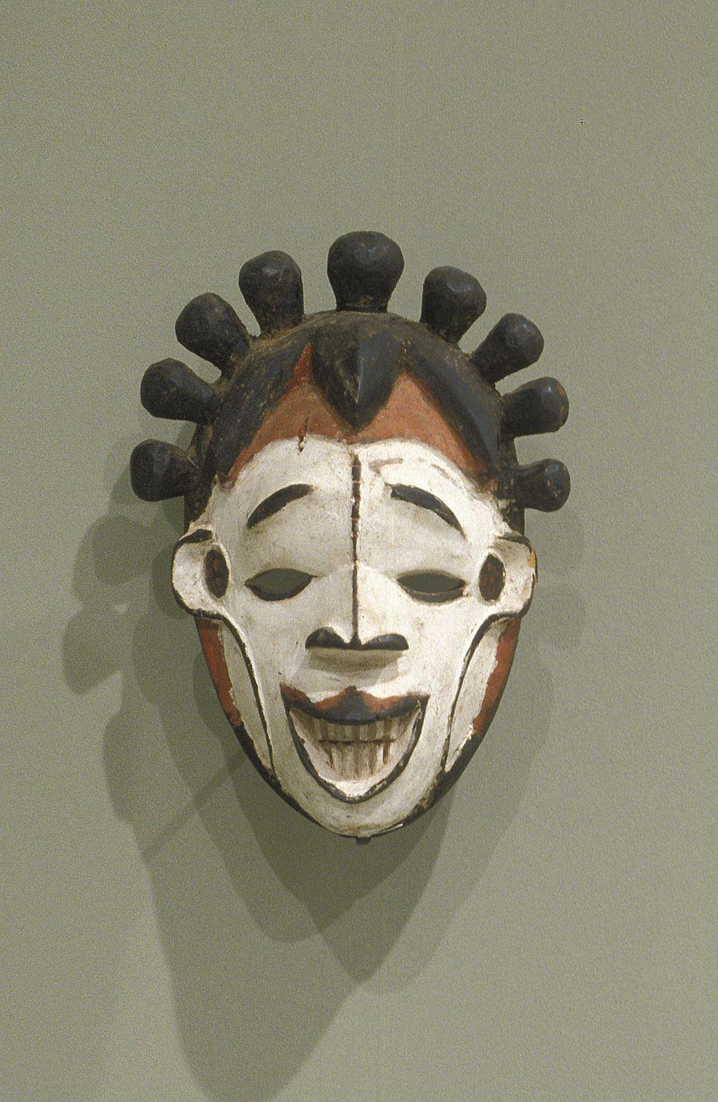 female mask for Okoroshi masquerade (avec images