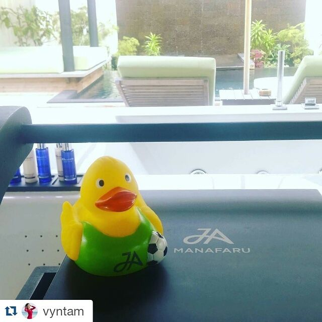 Thanks to #vyntam for sharing this #JATravelDuck picture taken at our #JAManafaru with us!