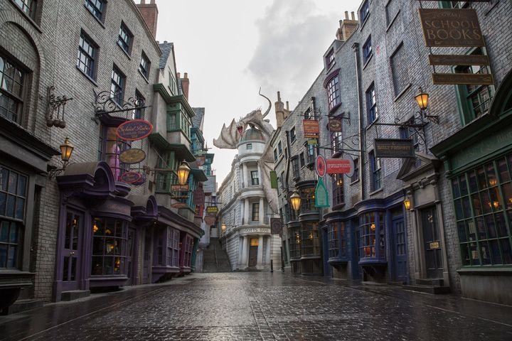 The Wizarding World of Harry Potter Orlando Diagon Alley