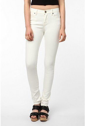BDG Cigarette High-Rise Jean - White | Urban outfitters, Jeans and ...