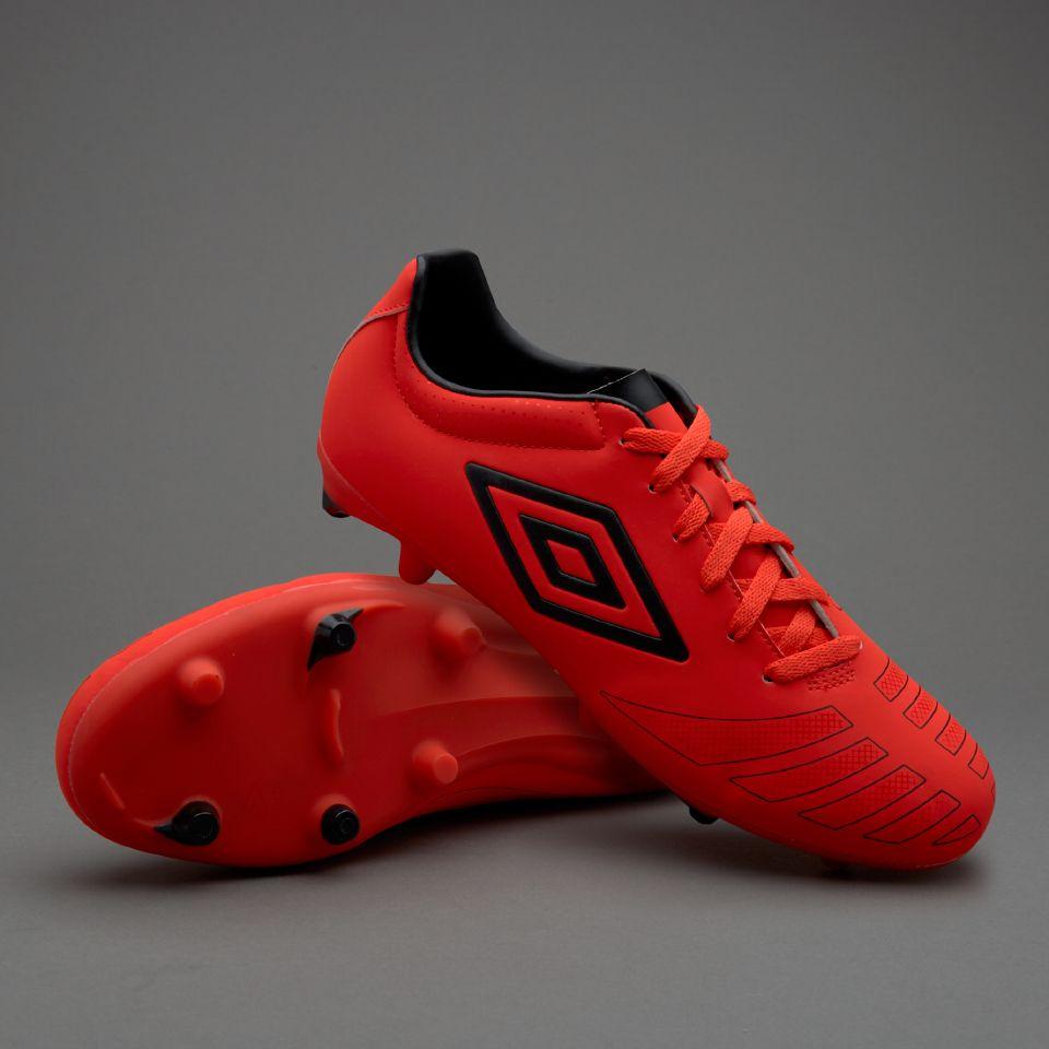 tienda umbro zapatos de futbol precios en colombia