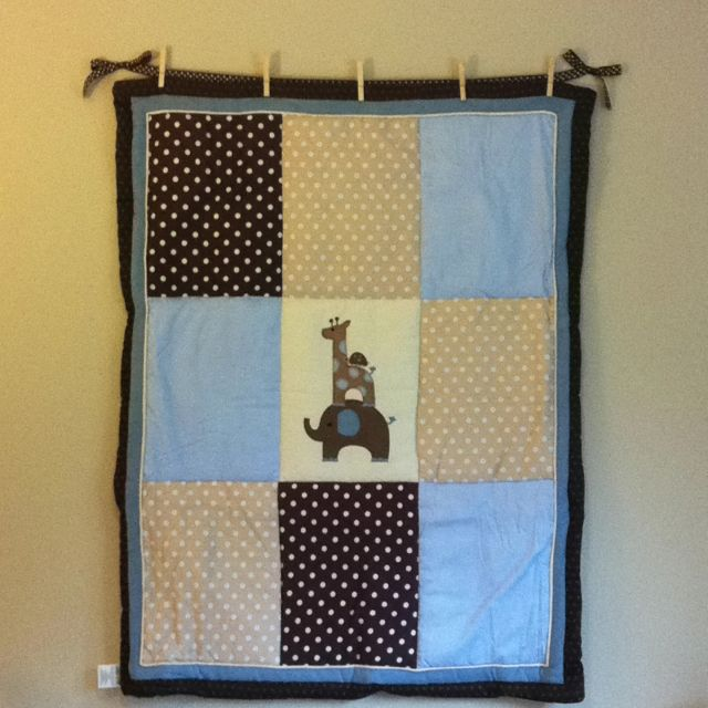 Diy Easy Quilt Hanger Made With Ribbon And Clothes Pin Nailed To The Wall Thought Of It Myself If I May Add