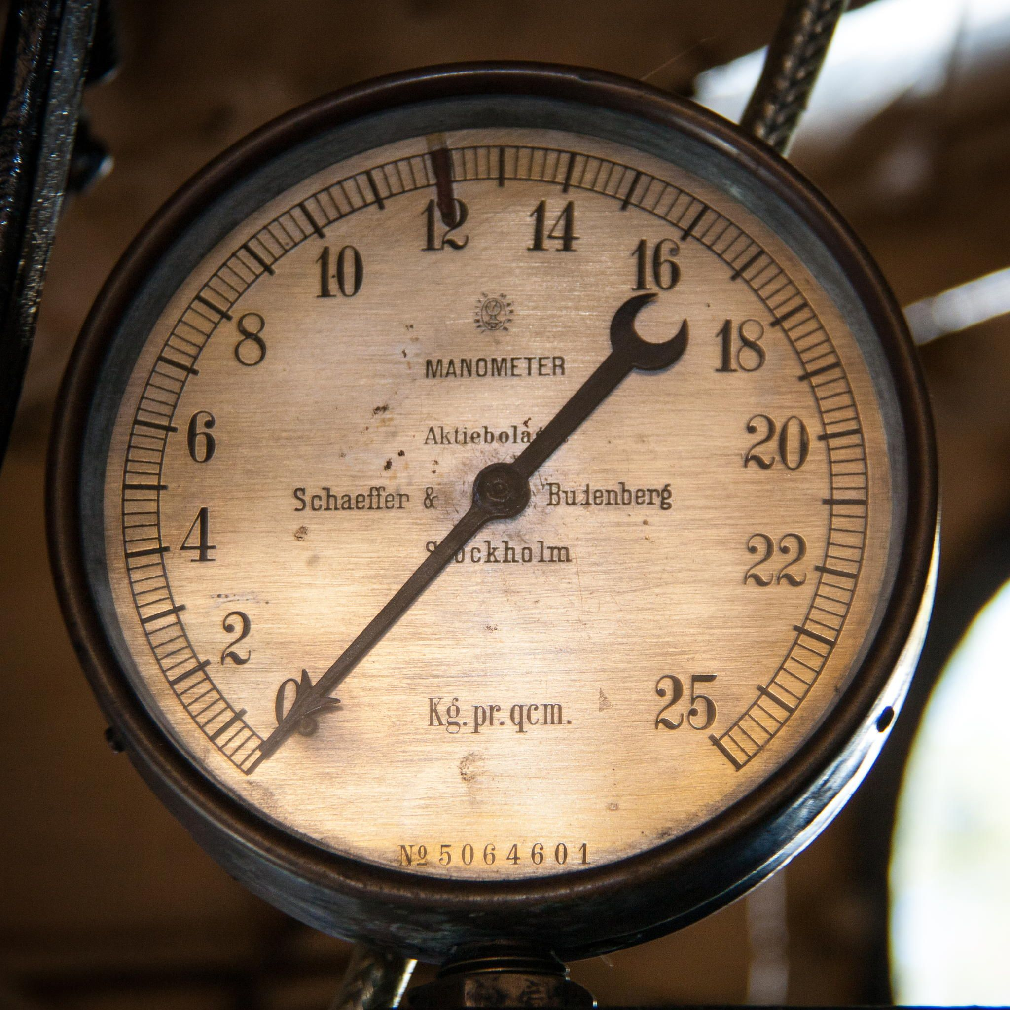 Manometer By Tomas Sandstrom On 500px Choo Choo In