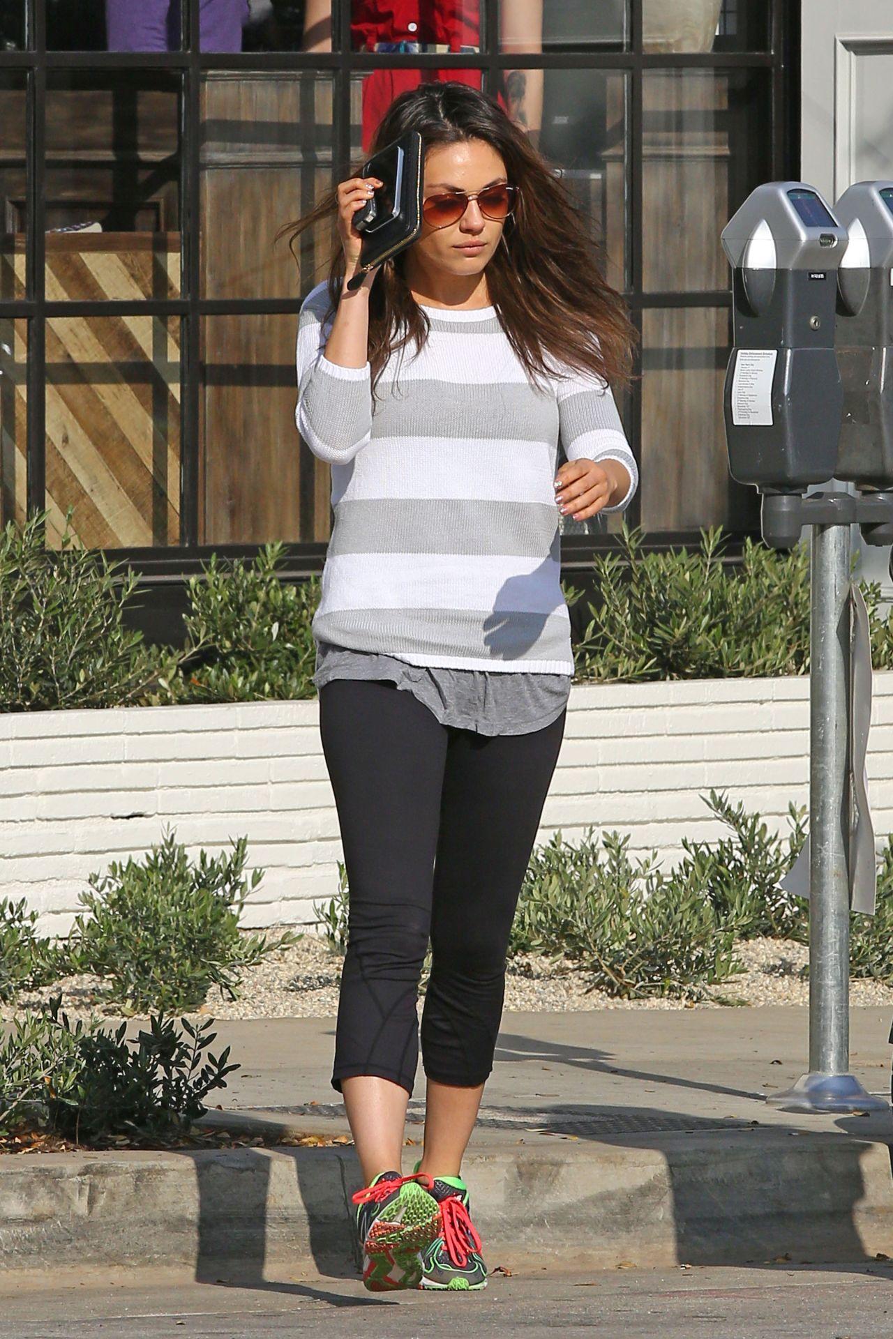 Mila Kunis Street Style In Spandex Out In La January 2014 Mila