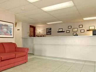Super 8 Motel  Red Deer Red Deer (AB), Canada