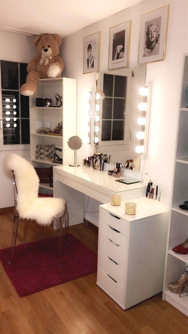 Mesa de maquillaje bedroom