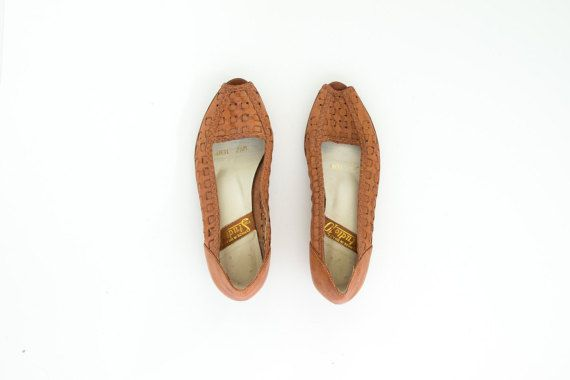 vintage camel brown woven leather wedge kitten heel flats size 7.5