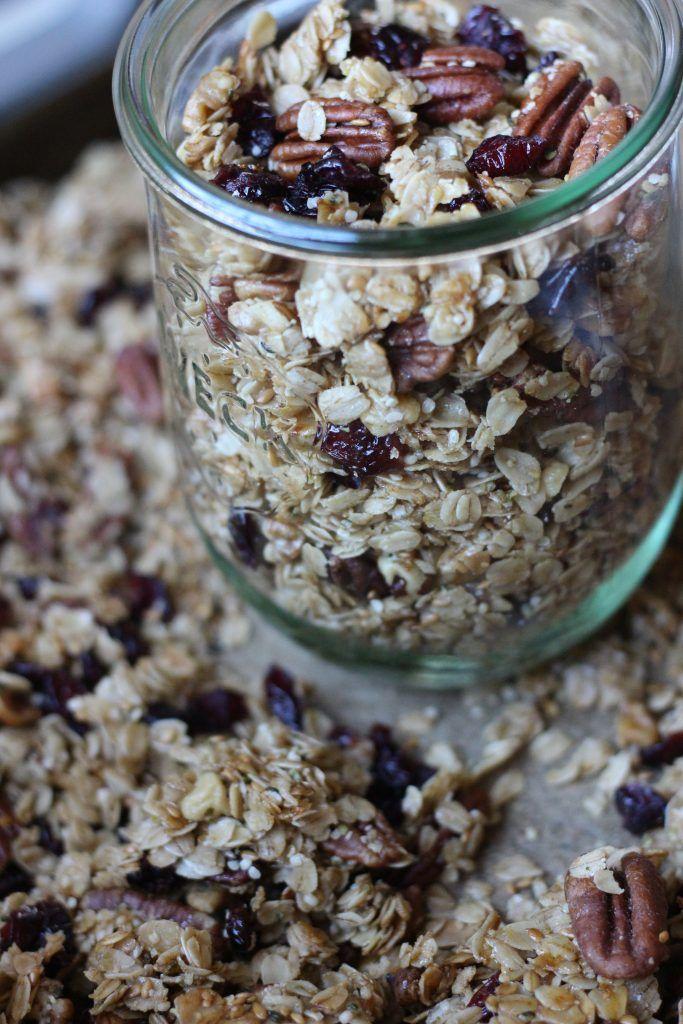 Homemade Cinnamon Pecan Granola Recipe (With images