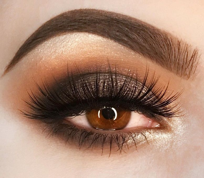 24 Sexy Eye Makeup Looks Give Your Eyes Some Serious Pop - Glow eyeshadow #eyemakeup #sexyeyes #makeup #eyemakeupideas