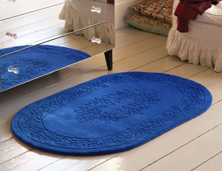 Royale Blue Oval Rug A Hand Tufted Dark Blue 100 Wool Rug With A Carved Design Http Www Therugswarehouse Co Uk Oval Rugs Royal Oval Rugs Rugs Types Of Rugs