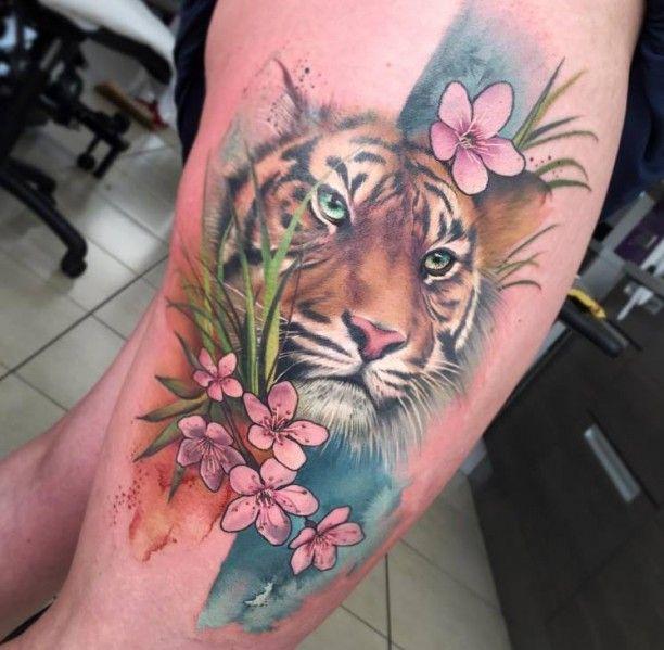 Tattoo Portrat Tiger In Farben Tatoos Pinterest Tattoos Tiger