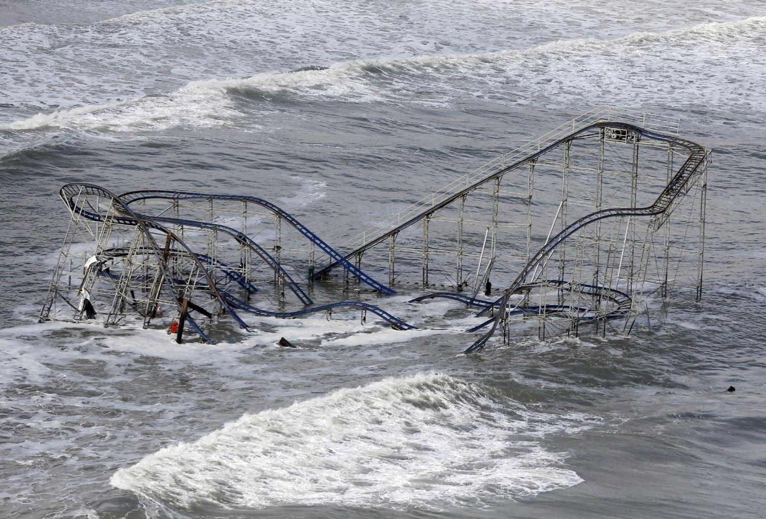 31 Arresting Photos Of Hurricane Sandy S Destruction Seaside Heights Hurricane Sandy Jersey Shore