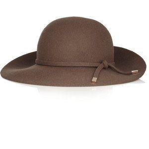 Los sombreros que te harán perder la cabeza  954e0374b81