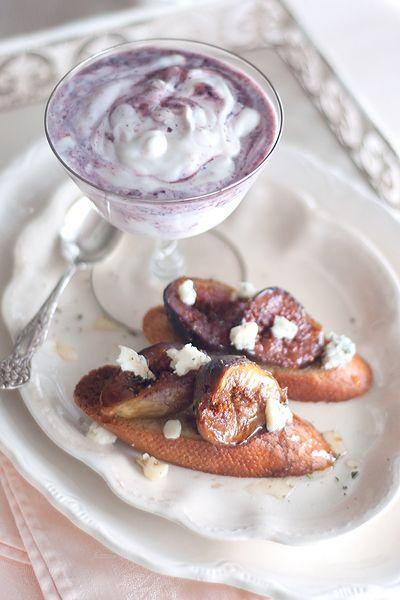 Roasted Figs with Gorgonzola and Liberte Blackberry Yogurt