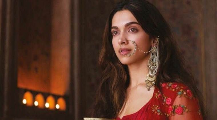 Deepika Padukone In A Still From Movie Bajirao Mastani Deepika Padukone Bajiraomastani Bollywood Actress Celebrity Deepika Padukone Mastani Bollywood