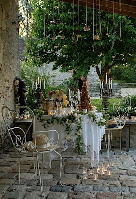70 photos de tables de jardin qui vont transformer la cour !