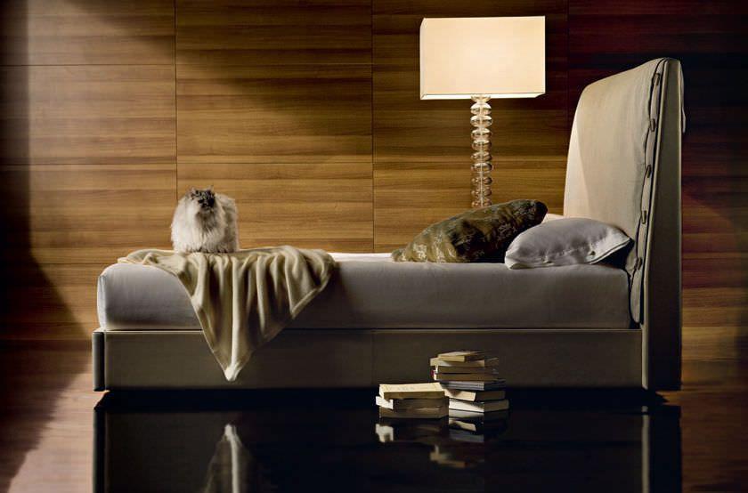 Lampade In Vetro Di Murano Moderne : Lampada con piede moderna in vetro di murano da interno le