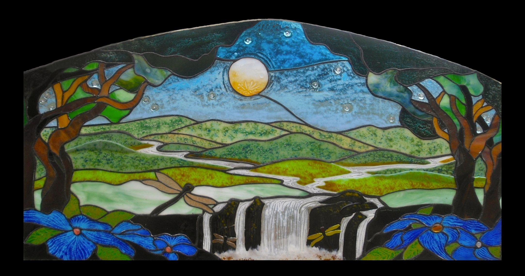 Windows And Sun Catcher Panels With Images Glass Painting Designs Glass Painting Painting